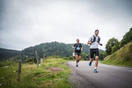 ClimbingForLife-marathonrunners